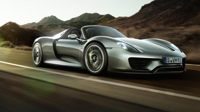 Porsche Recalls the Expensive 918 Spyder Hybrid
