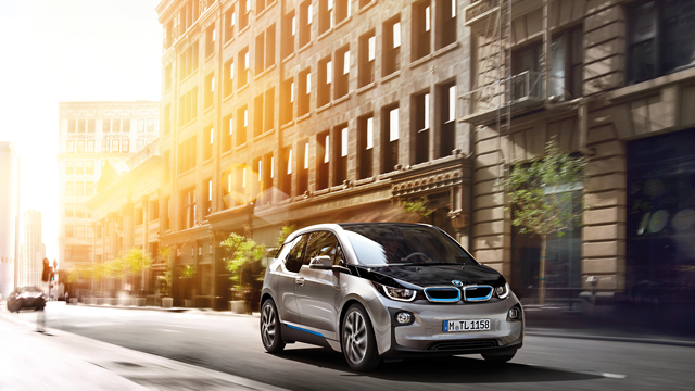 BMW to Release Plug-in Hybrid Version of Every Core Model